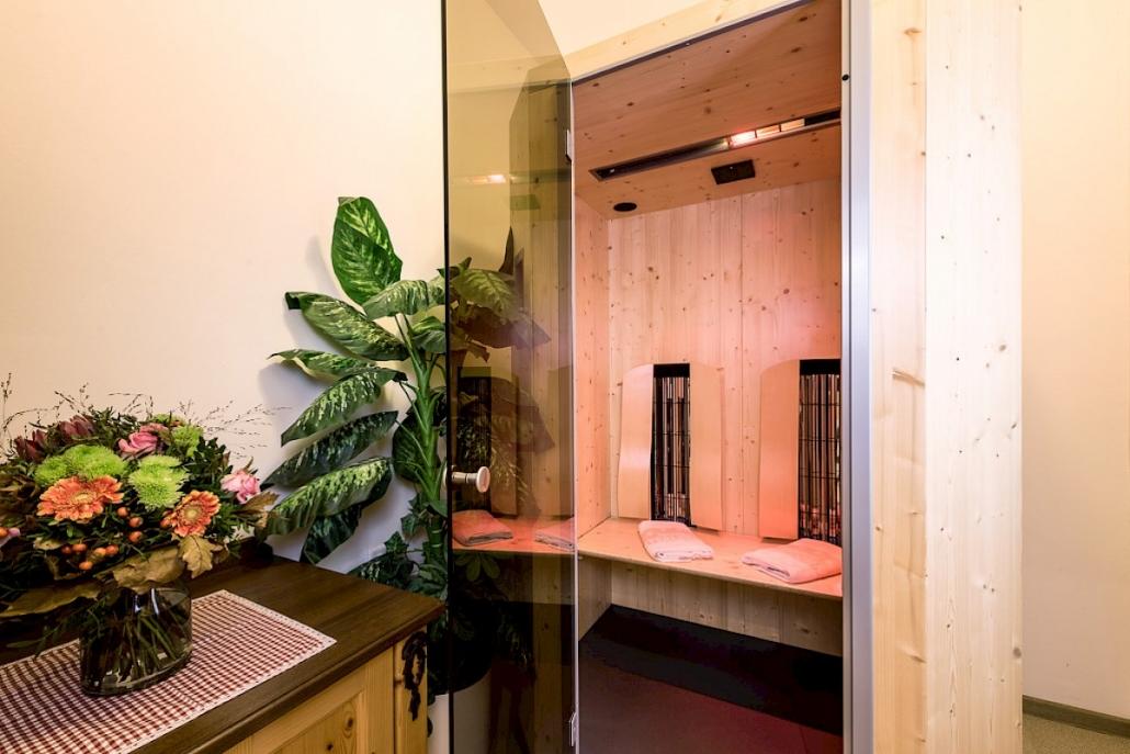 Jacuzzi - Garten & Wellness Suite Sauna